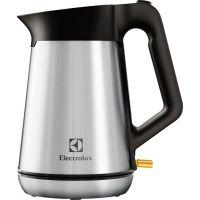Электрочайник Electrolux EEWA5300